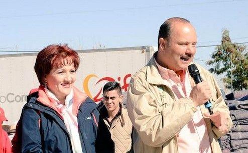 César Duarte y su esposa Bertha Gómez Fong. Foto: Twitter @Bertha_GF